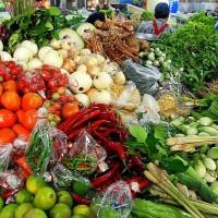 800px-Thai_market_vegetables_01